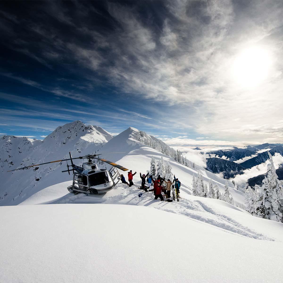 Selkirk Tangiers Heli Skiing Revelstoke Bc Canada